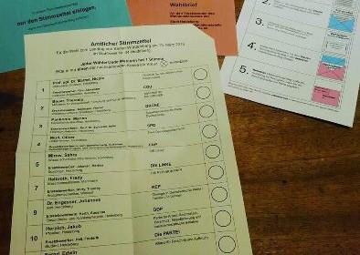 Brief-Wahlunterlagen. Foto: V. Bachem