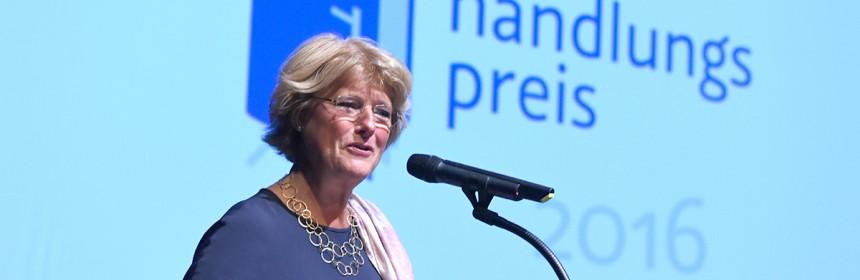 Monika Grütters beim Deutschen Buchhandlungspreis ins Heidelberg